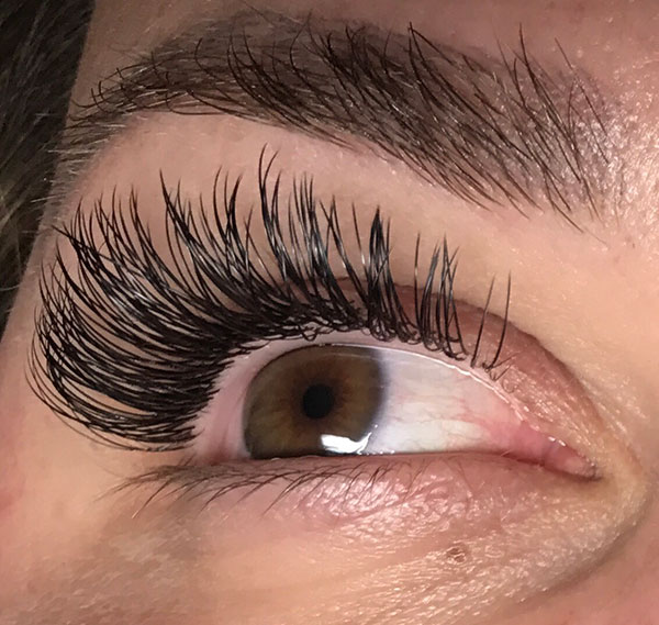 lashes-closeup